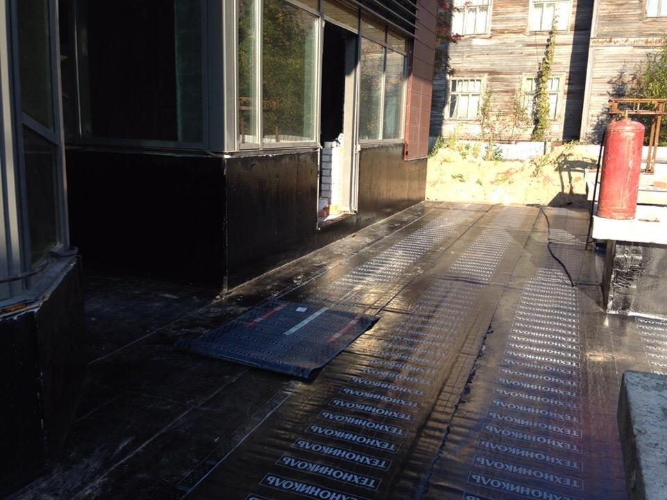 Воскресенская 8: утепление и гидроизоляция подвального помещения